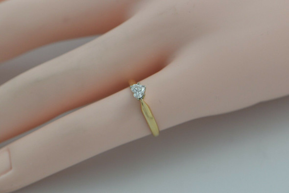 14K Yellow Gold Diamond Solitaire Heart Ring Circa 1970 Size 4.5