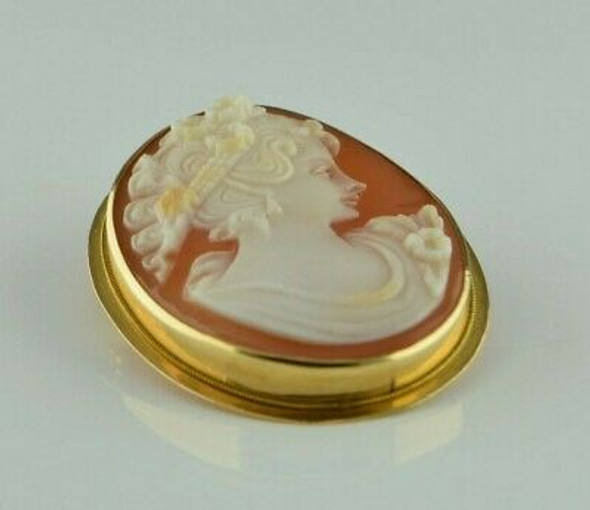 Vintage 18K Yellow Gold Deco Style Shell Cameo Pin Pendant Circa 1950