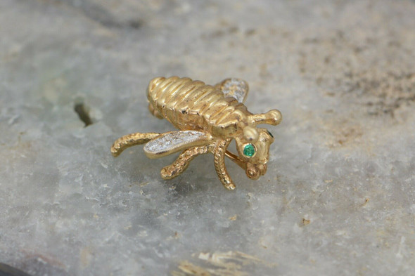 14k Yellow Gold Winged Bee Pin with Diamonds and Emerald