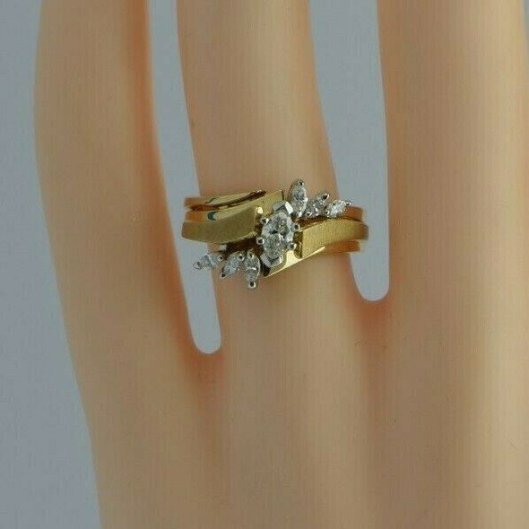 14K YG 1ct tw Marquise Diamond Engagement Ring Size 6.5 Circa 1960