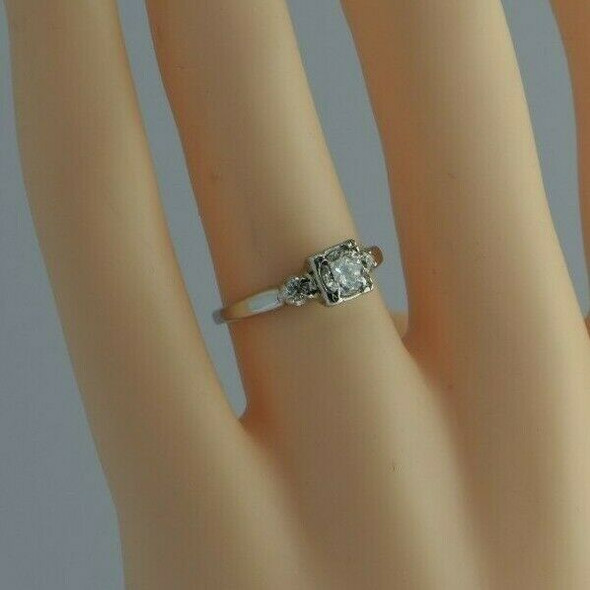 Vintage 14K White Gold Diamond Engagement Ring Size 5.25 Circa 1950