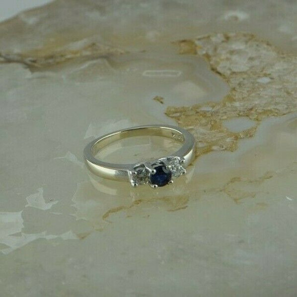 14K White Gold Sapphire and Diamond Ring Size 5.25 Circa 1980