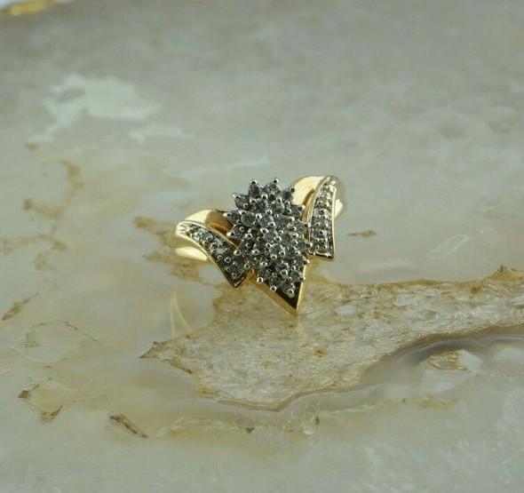 14K Yellow Gold 1ct tw est Diamond Cluster Ring H SI Size 8 Circa 1970