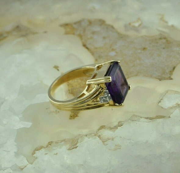 14K Yellow Gold Amethyst and Diamond Accent Ring Size 6 Circa 1980