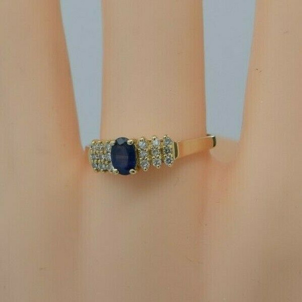 14K Yellow Gold Sapphire and Diamond Ring app 1 ct tw Ring size 9.25 Circa 1970