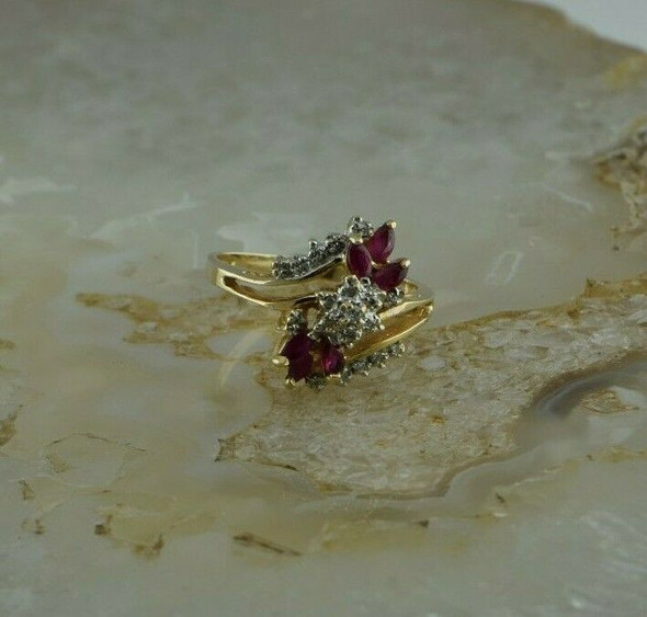 Vintage 14K Yellow Gold Ruby and Diamond Cluster Ring Size 8- Circa 1960