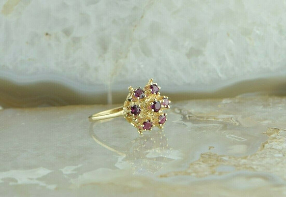 14K Yellow Gold 1 ct tw Ruby Cocktail Ring Size 7 Circa 1970
