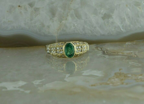14K YG 1.5 ct tw Emerald & Diamond Pave Ring Size 7.25 Circa 1990