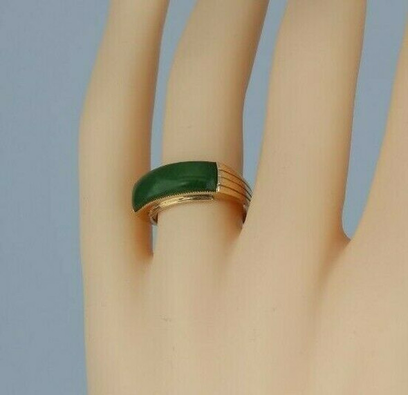 18K Rose Gold Nephrite Jade Ring Art Deco Style Setting Circa 1970 Size 7.5