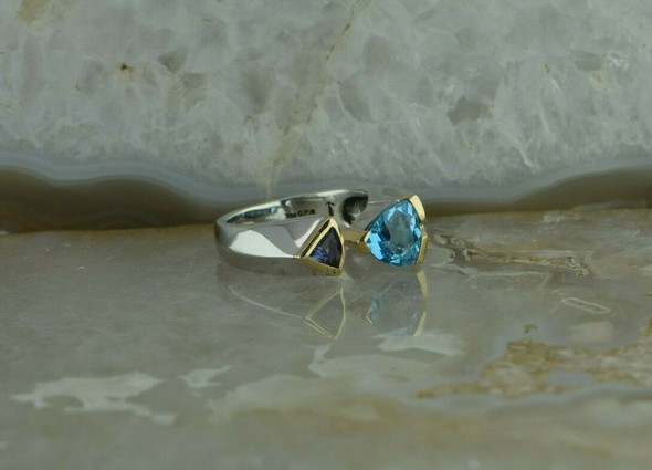 14K Yellow Gold and Sterling Blue Topaz and Amethyst Ring Size 6.75