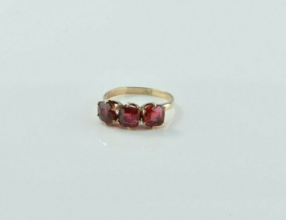 Antique 14K Yellow Gold Unusual Red Three Stone Ring Circa 1930 Size 5