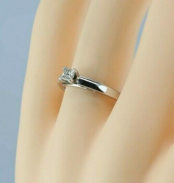 14K White Gold 1/4 ct Princess Diamond Solitaire Ring Size 8 Circa 1990