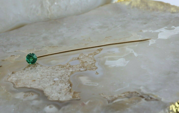 Vintage 10K Yellow Gold Emerald Green Spinel Stick Pin Circa 1940
