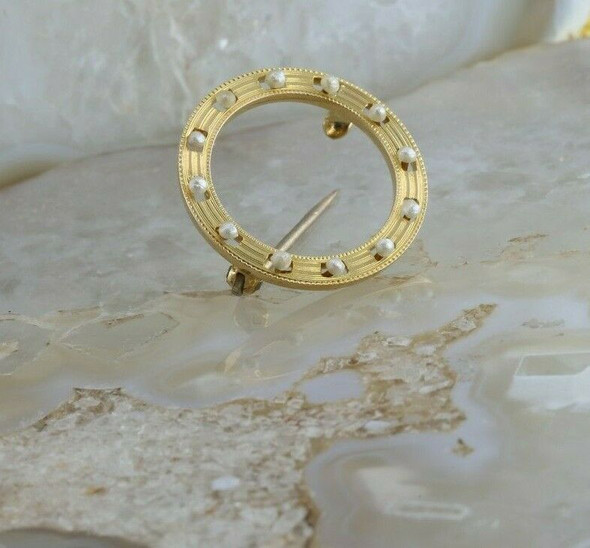 Vintage 14K Yellow Gold Pearl Circle Eternity Pin Circa 1950