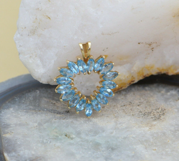 10K Yellow Gold Blue Topaz Heart Pendant, Circa 1970