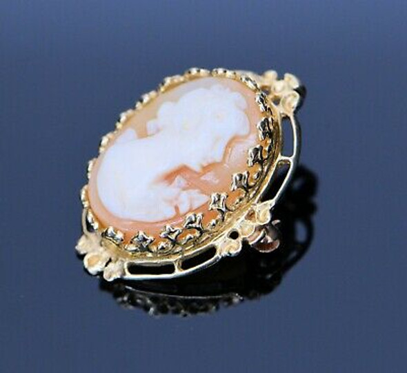 14K Yellow Gold Cameo Brooch/Pendant with Locking Clasp, Circa 1950