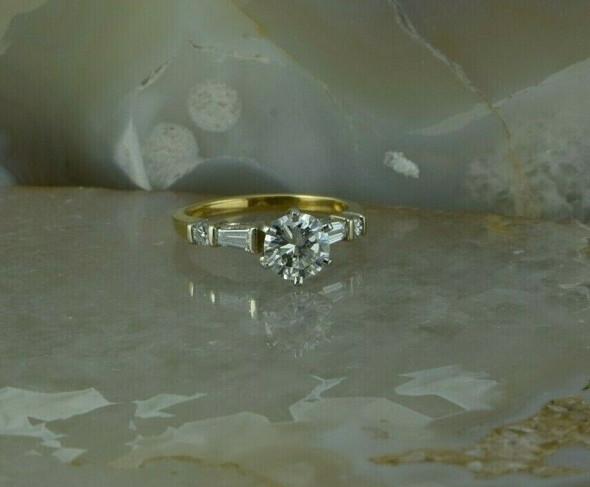 18K Yellow Gold Diamond Engagement Ring 1.02 carat Center Size 5.75 Circa 1990