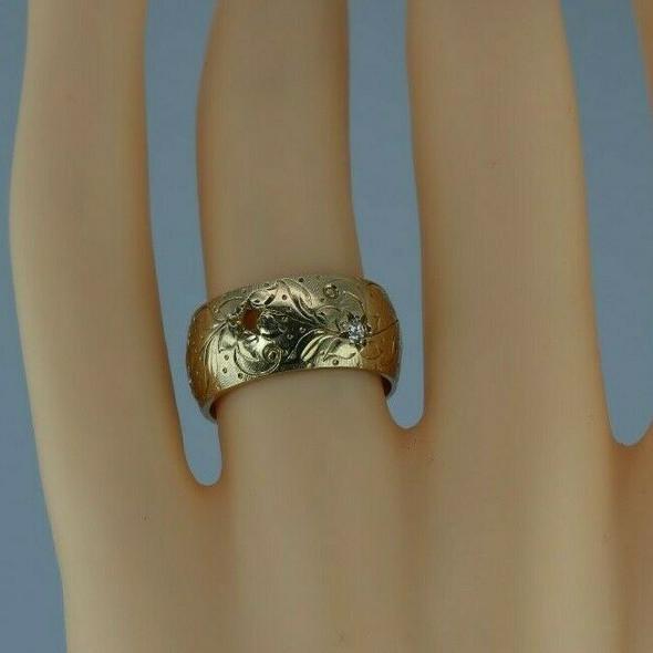 Antique 14K Yellow Gold Diamond Set Engraved Band Size 6.5 Circa 1930