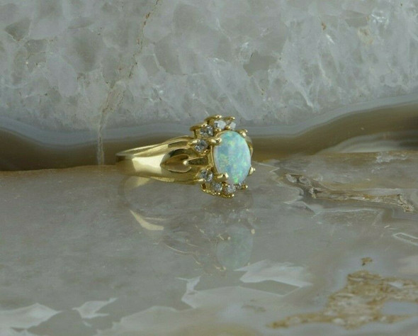 14K Yellow Opal and Diamond Ring with 10 Round Diamonds Size 7