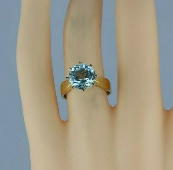 Vintage 18K Yellow Gold Blue Stone Solitaire Ring Size 5.5 - 7 Circa 1960