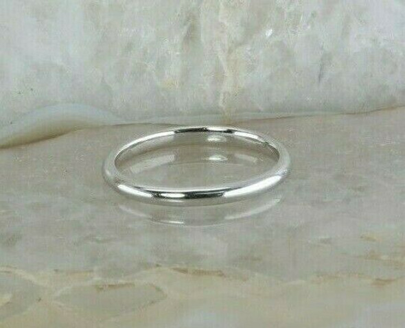 """14K White Gold Domed Band 1/8"""" across, Ring Size 5 Circa 1990"""
