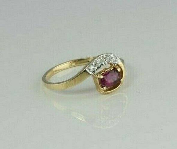14K Yellow Gold 1/3 ct tw Ruby and Diamond Ring Size 6 Circa 1980