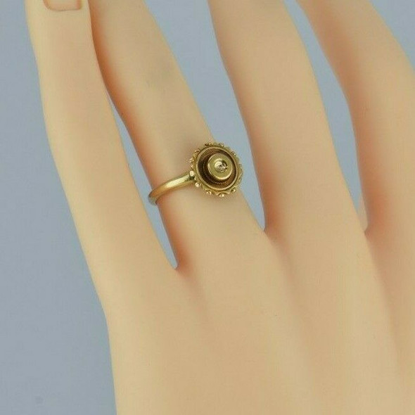 Antique 14K Yellow Gold Victorian Ring Size 5 Circa 1890
