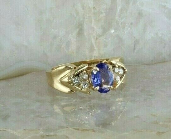 14K Yellow Gold 1 ct + Tanzanite and Diamond Ring Size 4 Circa 1990