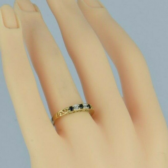 10K Yellow Gold Blue Sapphire and Diamond Love Band Size 7+ Circa 1990