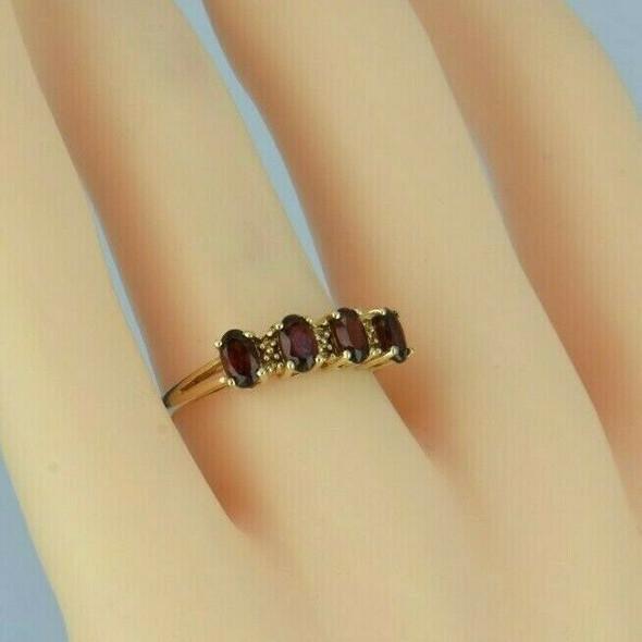 Vintage 14K Yellow Gold Garnet Ring Size 7 Circa 1960