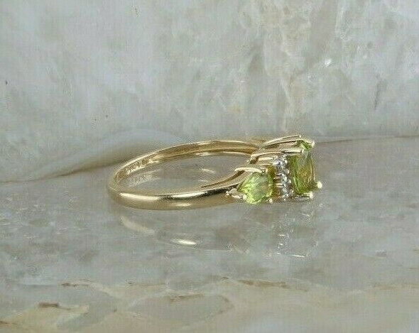 Vintage 14K Yellow Gold 1ct tw Peridot and Diamond Ring Size 5 Circa 1960