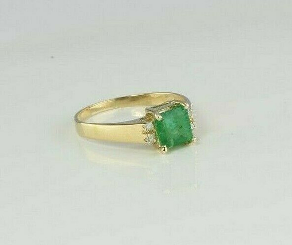 14K Yellow Gold 1 ct Emerald and Diamond Ring Size 8