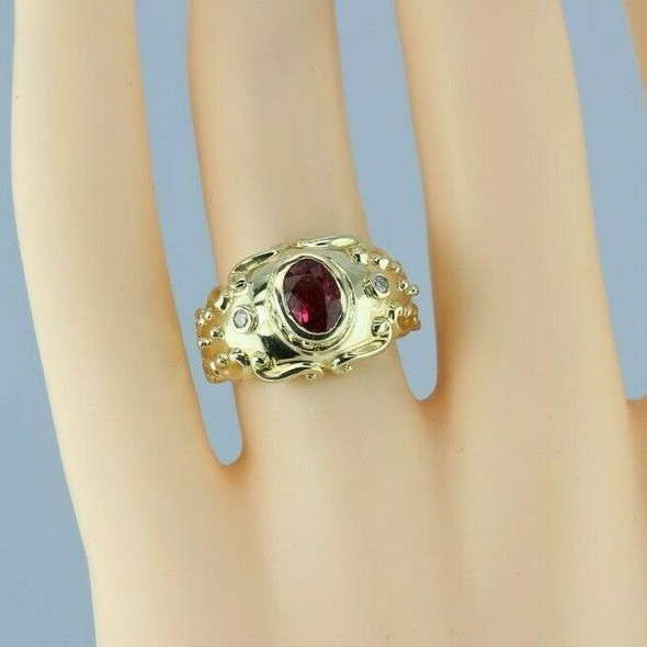 14K Yellow Gold 1 ct Pink Sapphire and Diamond Ring Size 6 Circa 1990