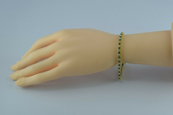 Superb 4ct tw 18K YG Emerald and Diamond Tennis Bracelet 6.75 Inches Circa 1990