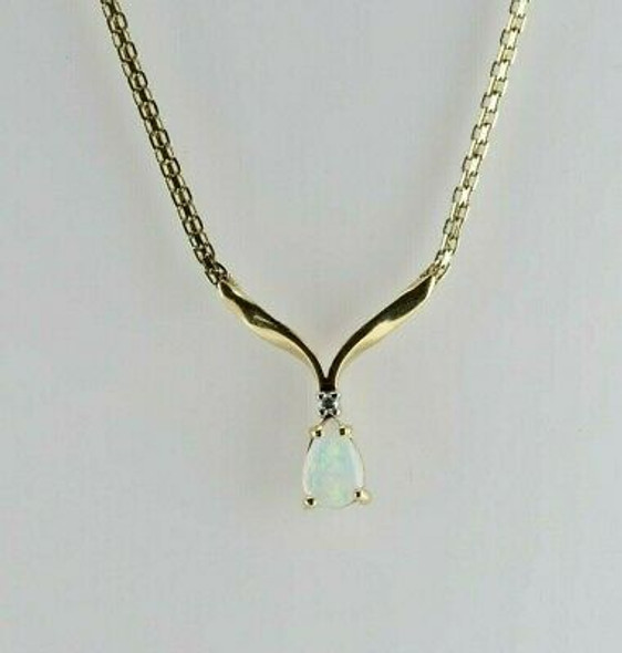 14K Yellow Gold Crystal Opal and Diamond Necklace Circa 1990
