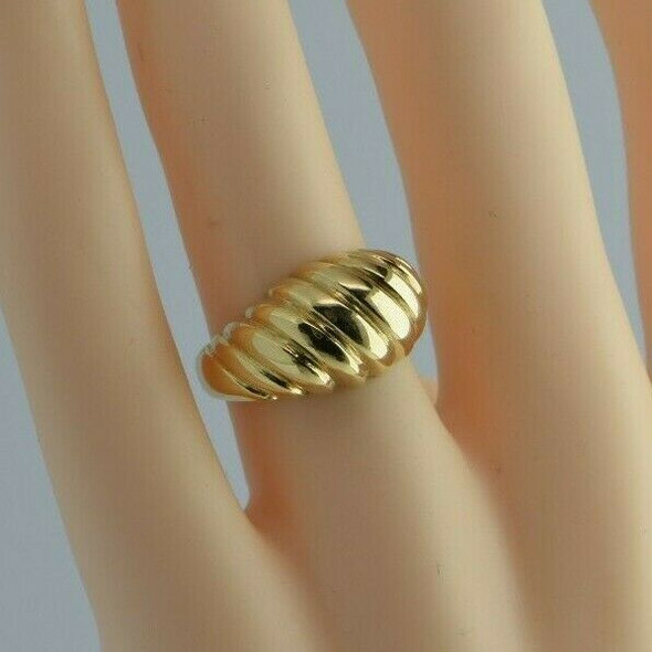 14K Yellow Gold Fluted Domed Ring Size 6 Circa 1990