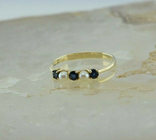 14K Yellow Gold Pearl and Sapphire Ring Size 7 Circa 1970