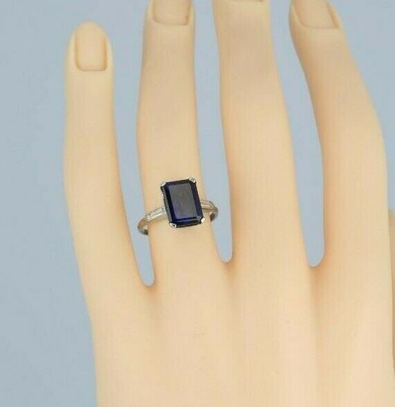 10K White Gold Synthetic Sapphire Ring Size 5.75