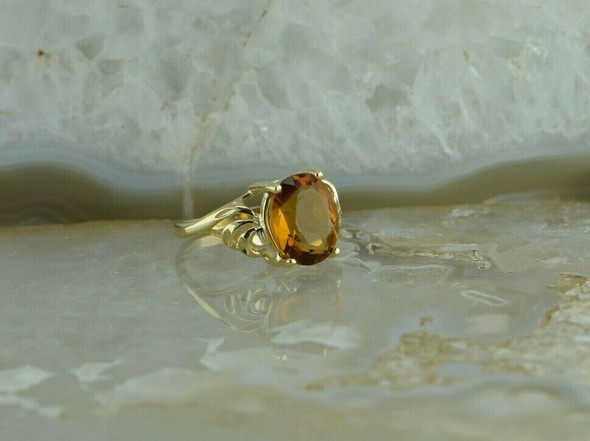 10K Yellow Gold Oval Citrine Ring Bypass Design Size 6