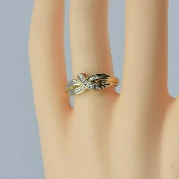 10K Yellow Gold Diamond Ribbon Ring Circa 1980 Size 7
