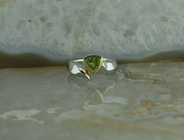 14K Yellow Gold and Sterling Silver Peridot Modernist Ring Size 6.25