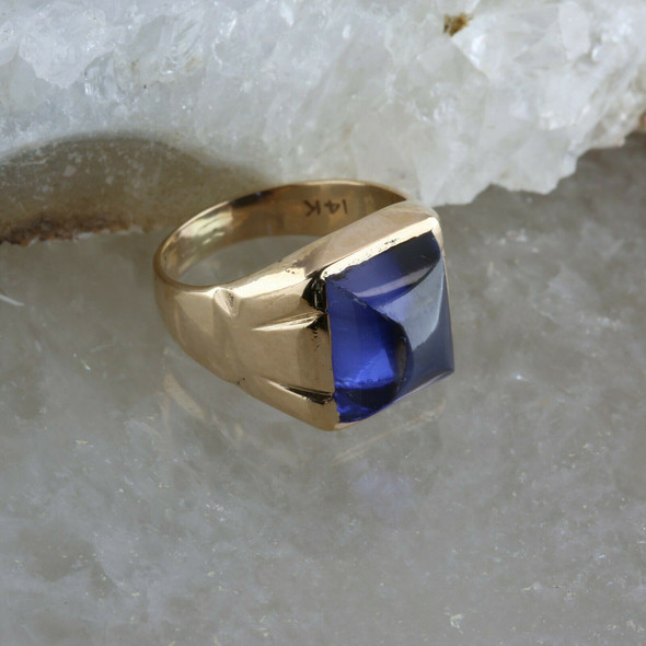Vintage 14K Yellow Gold Synthetic Deep Blue Sapphire Ring Size 7.5 Circa 1950