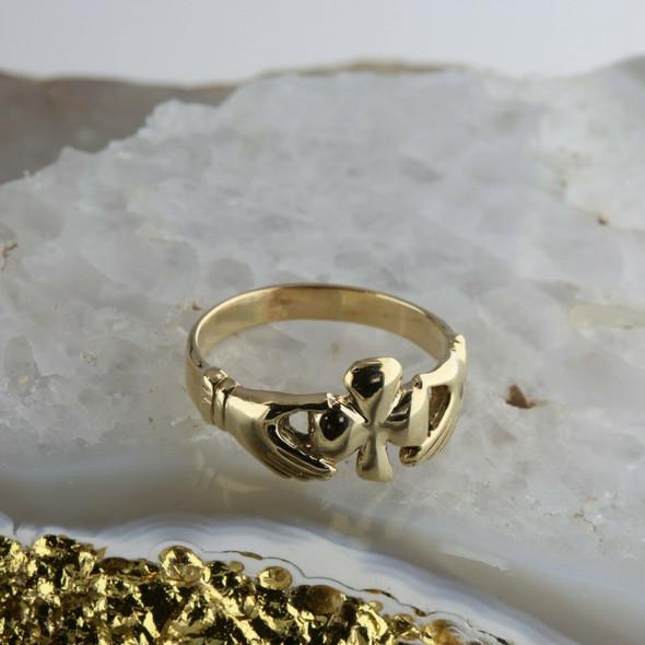 14K Yellow Gold Shamrock Claddagh Ring Ring Size 10.25