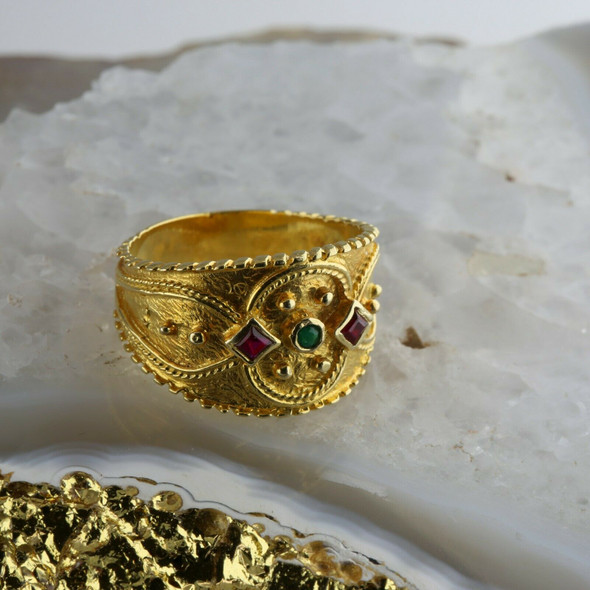 14K Yellow Gold Ruby and Emerald Etruscan style Ring Size 10.25 Circa 1980