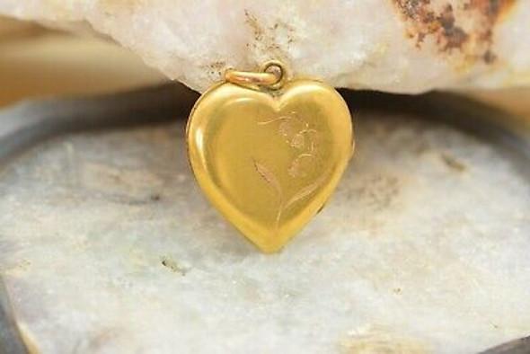 Vintage 18K Yellow Gold Heart Shaped Locket, Circa 1900