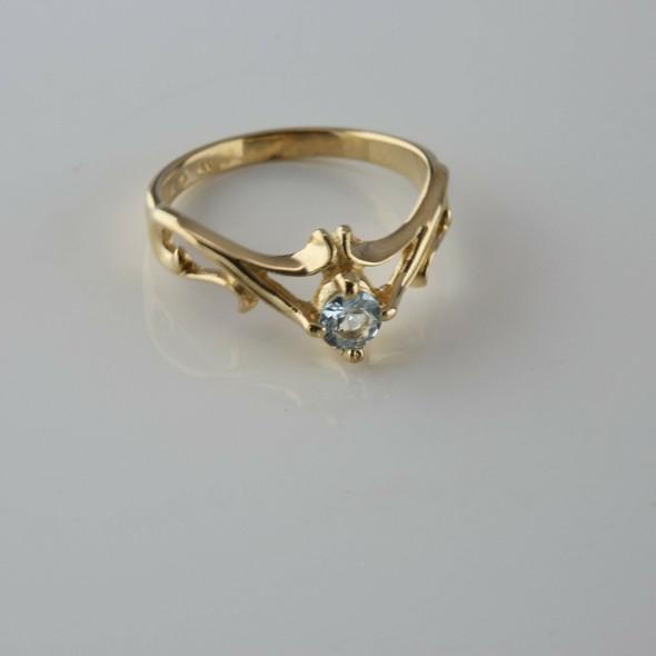 14K YG Aquamarine Solitaire Art Nouveau Inspired Ring Size 6.25 Circa 1980