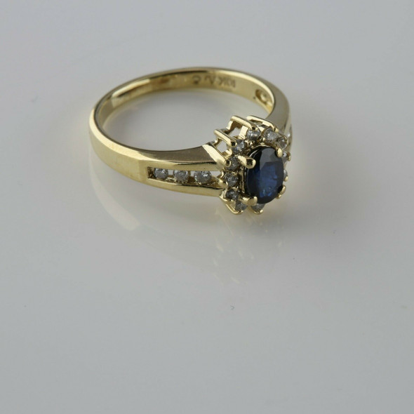 10K Yellow Gold Sapphire and Diamond Halo Ring Size 6.75 Circa 1970