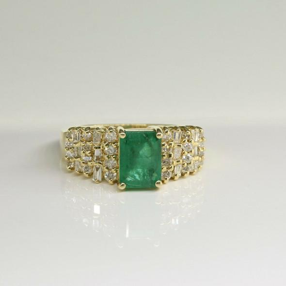 14K Yellow Gold Nice 2.5ct tw Emerald and Diamond Ring Size 5.25 Circa 1980