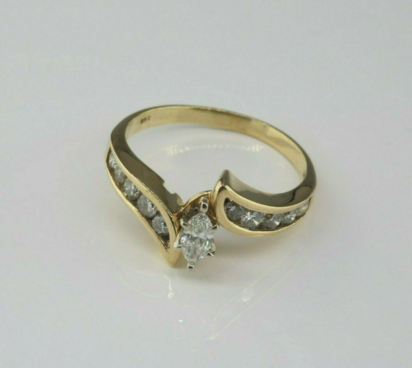 14K Yellow Gold 3/4 ct tw Marquise Diamond Size 8.5 Circa 1970