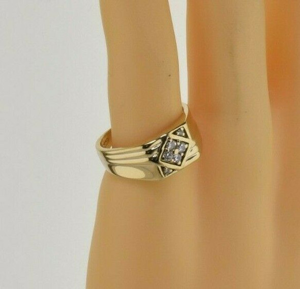 Vintage 14K Yellow Gold 1/3 ct Diamond Ring Size 9.75 Circa 1960